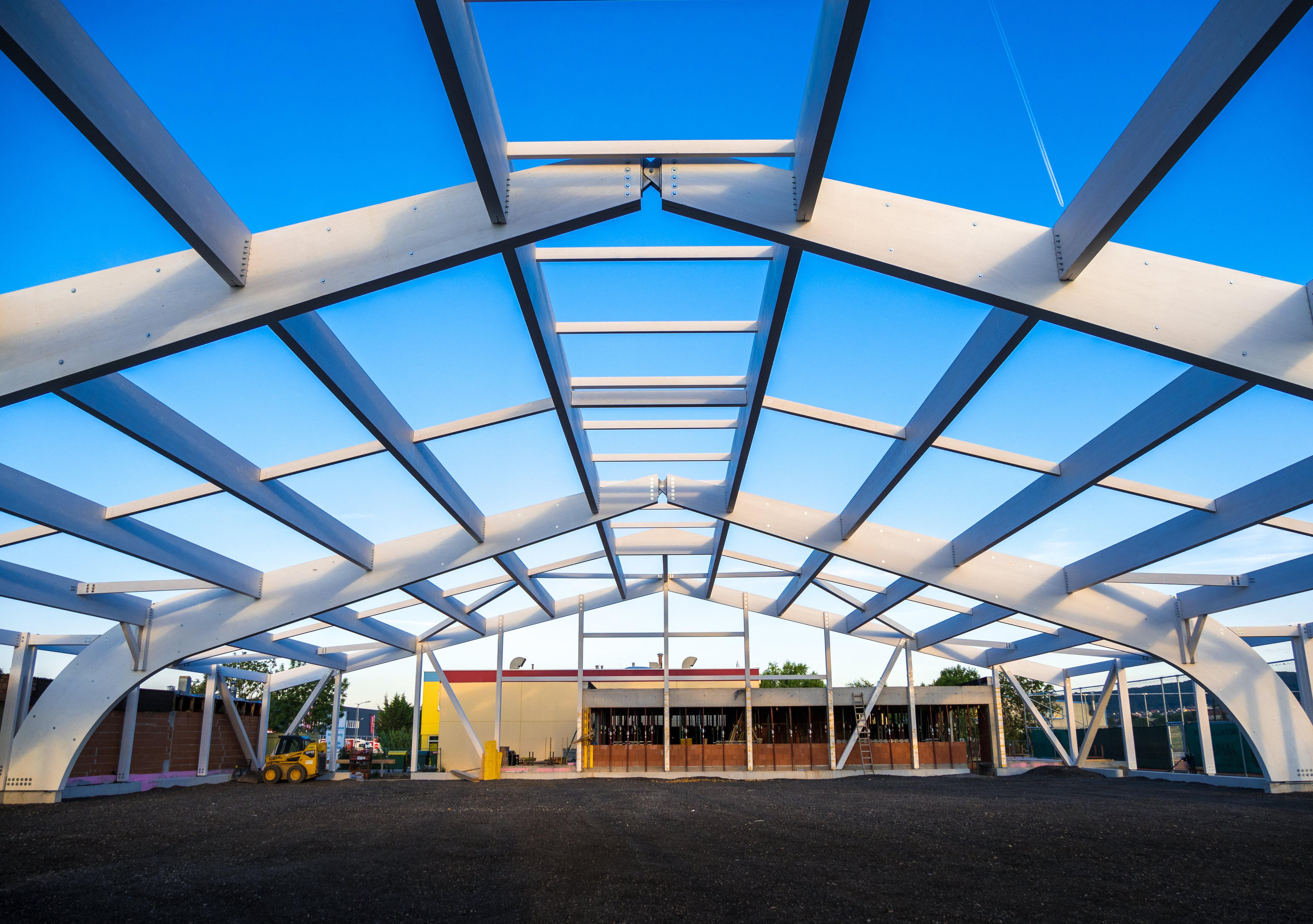 Holzbau Konstruktion Tennishalle Eisenstadt