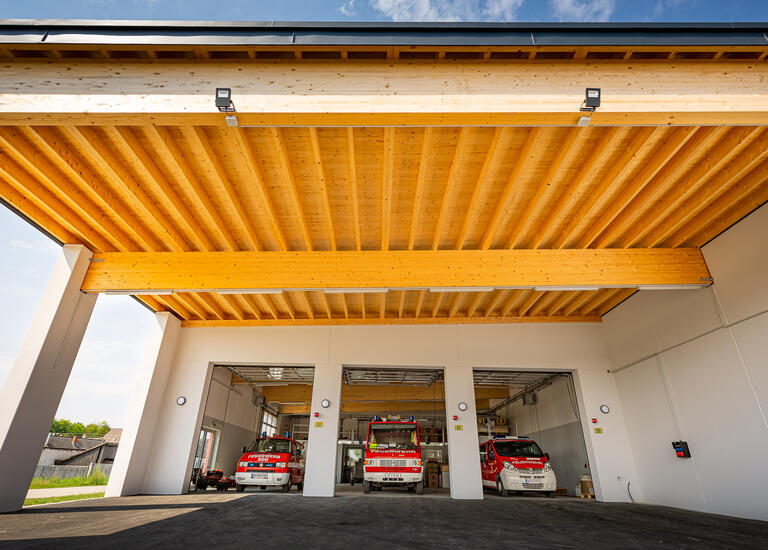 Holzdach Freiwiliige Feuerwehr Loimersdorf