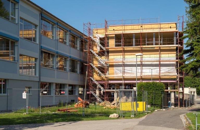 Zweigeschossiger Holzbau Neue Mittelschule Rosental Eisenstadt